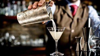 Hire a Cocktail Bartender Glasgow