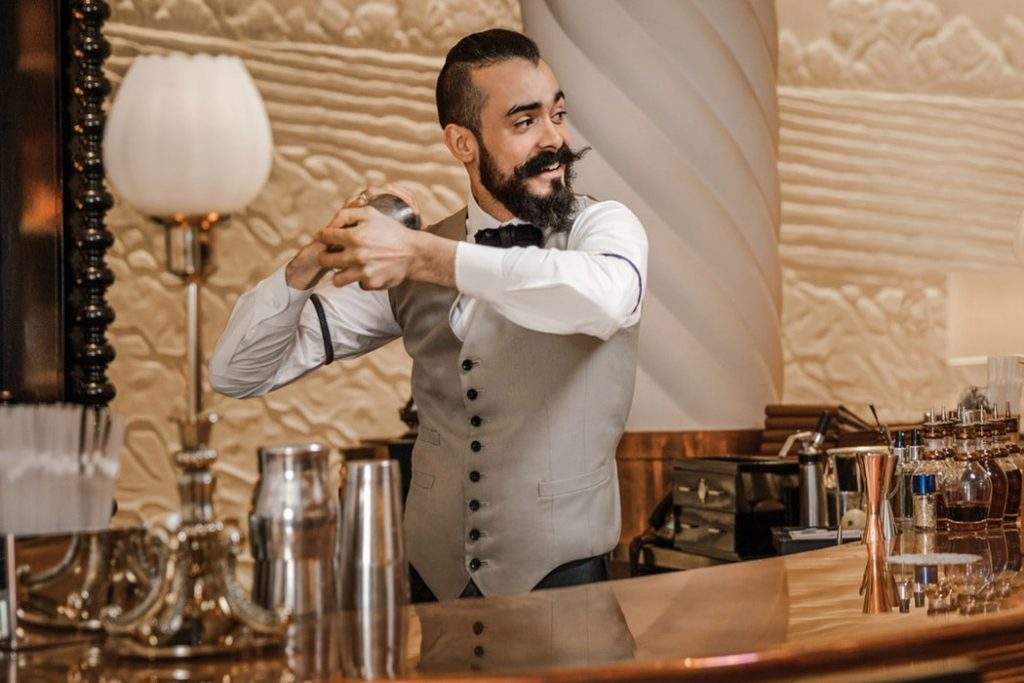 hire bartenders at home