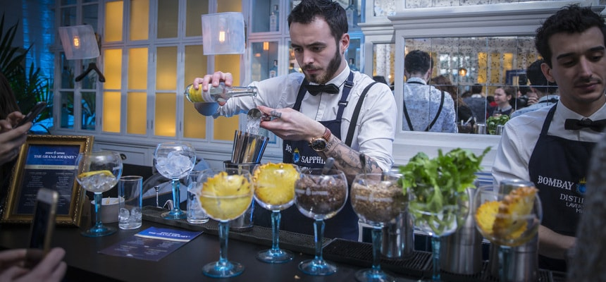 hire a bartender Glasgow